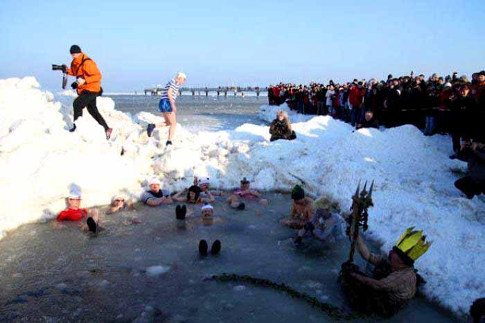 Najvtipnejšie fotografie zimy-candyman.sk (16)