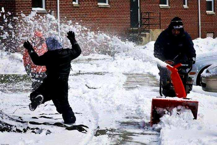 Najvtipnejšie fotografie zimy-candyman.sk (2)