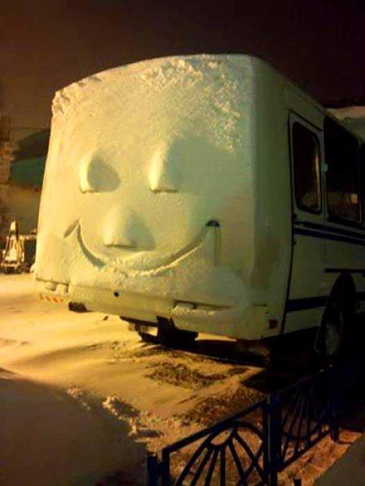 Najvtipnejšie fotografie zimy-candyman.sk (22)