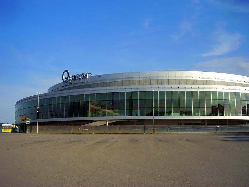 O2 Arena v Prahe od autobusového terminálu